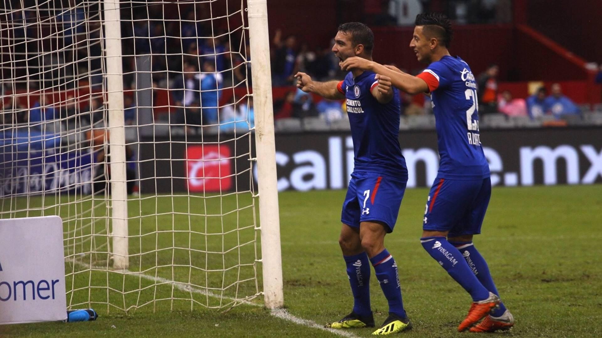 Cruz Azul, en la cima de la Liga MX