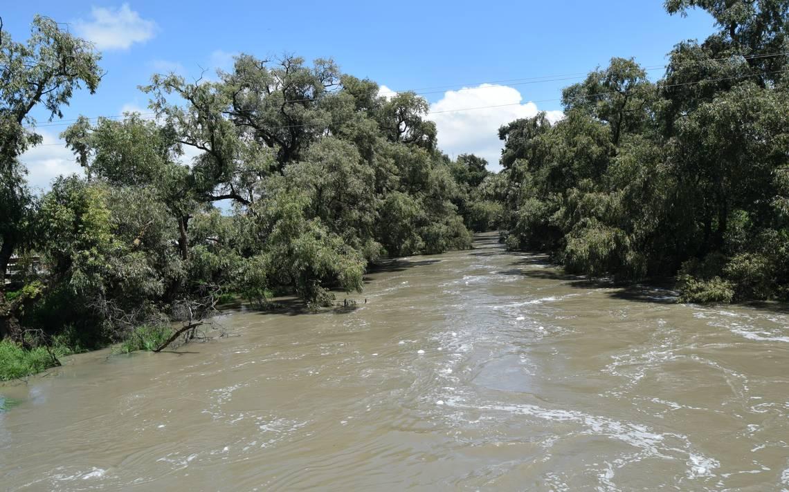 Miles de afectados por el desbordo del Río Lerma