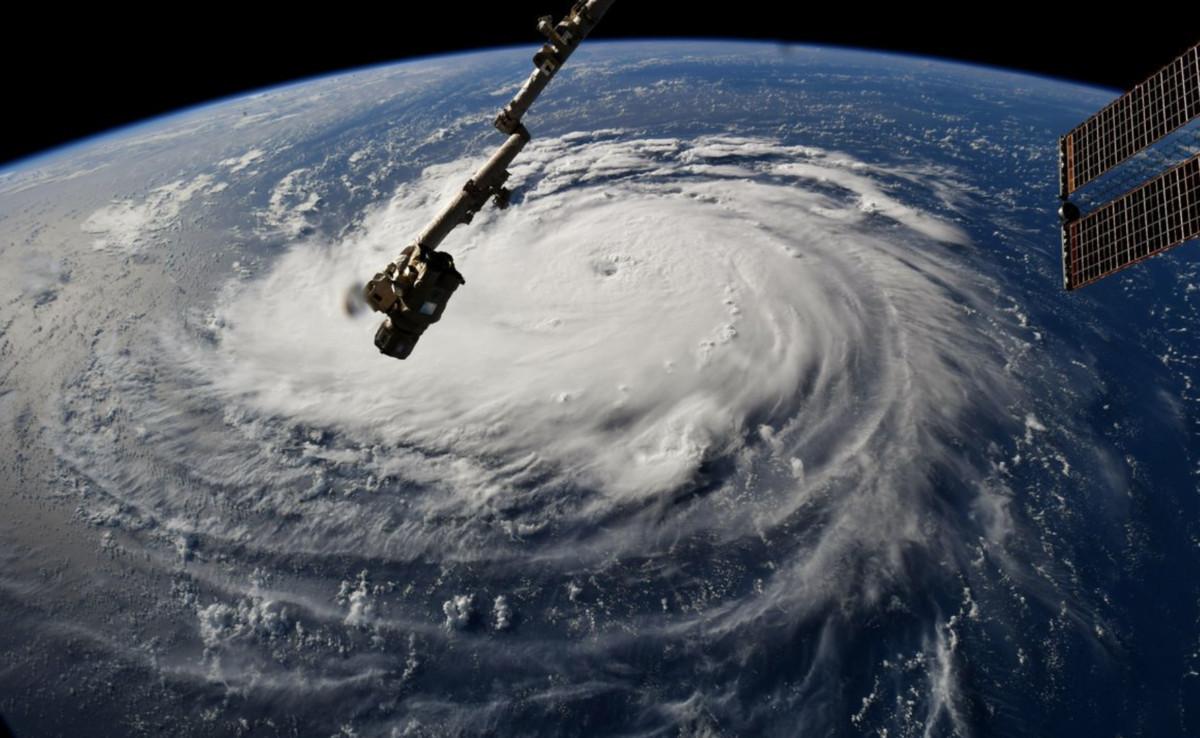Ordenan evacuar a 1.3 millones de personas en EEUU por Florence