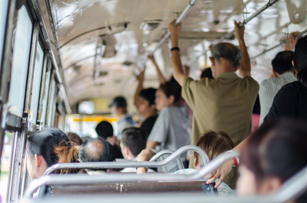 Exhortan a autoridades regias a suspender el aumento de tarifas al transporte público en Nuevo León