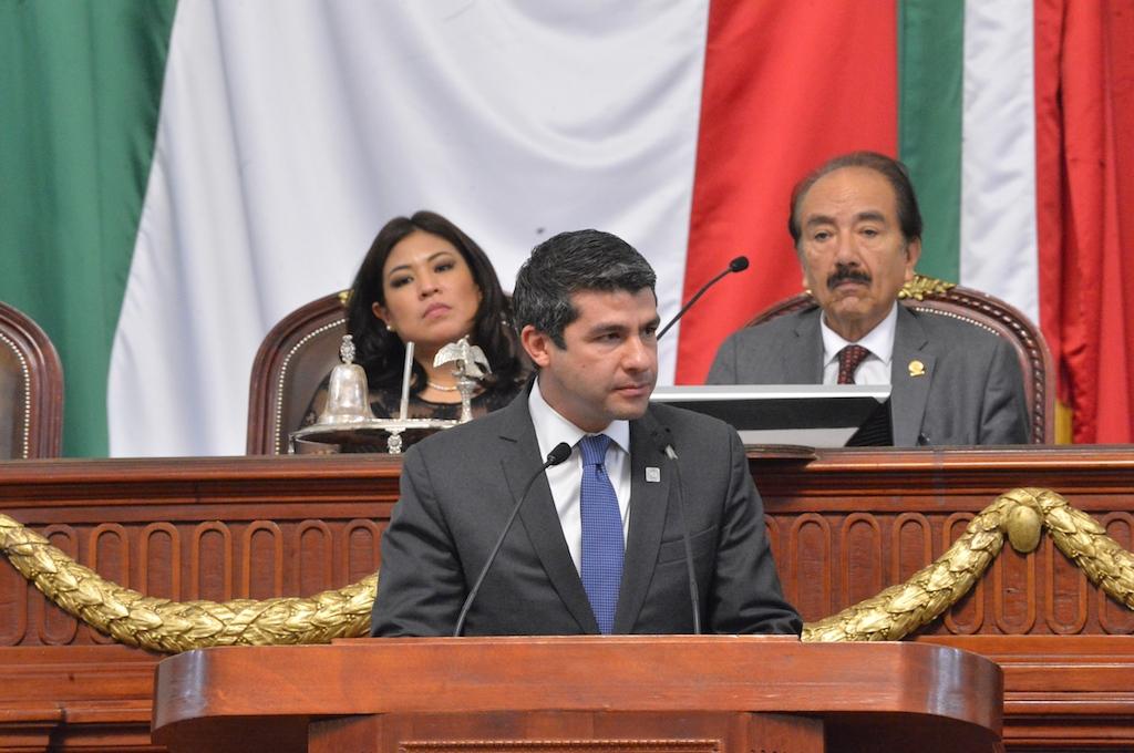 Congreso CDMX, debe ser ejemplo de democracia no de simulación o componendas: Tabe