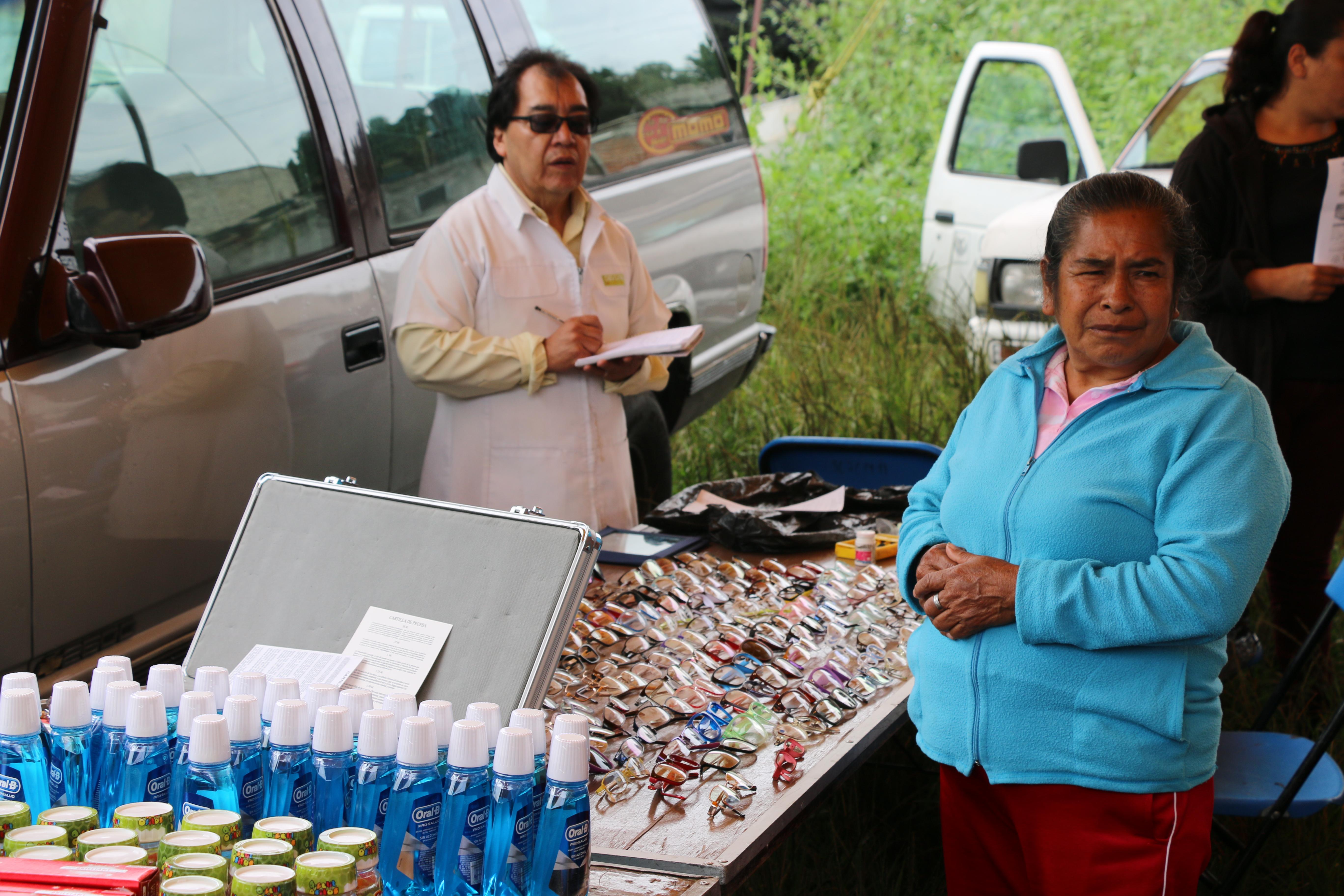 APOYAN A PERSONAS EN SITUACIÓN VULNERABLE CON DIVERSOS SERVICIOS GRATUITOS EN XOCHIMILCO