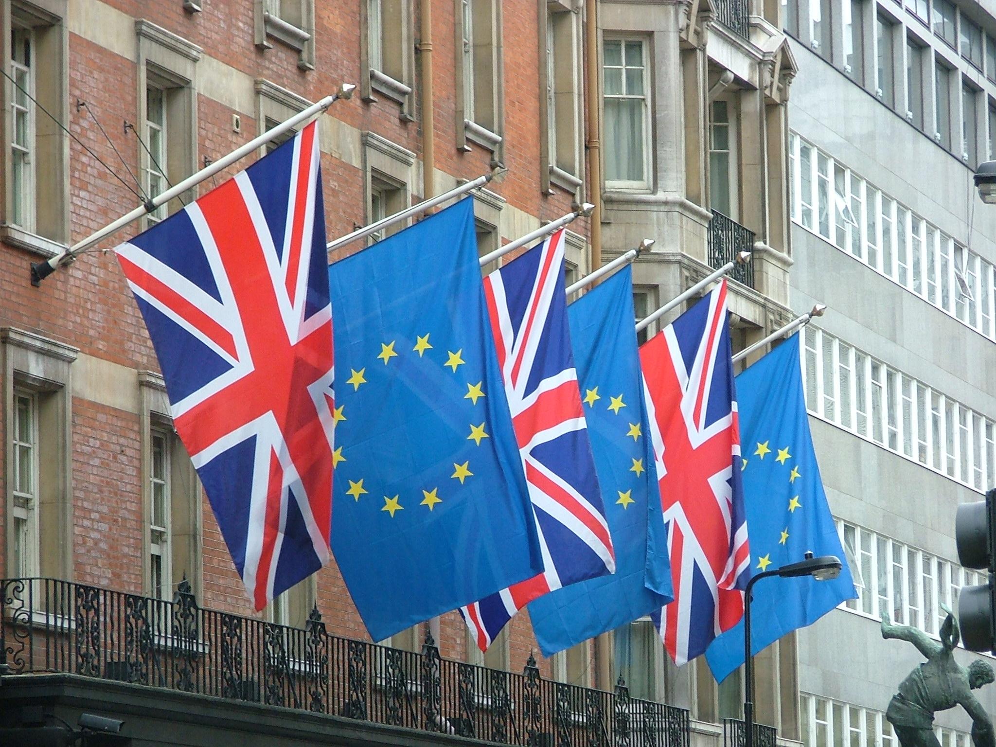 Londres prepara su salida de la UE