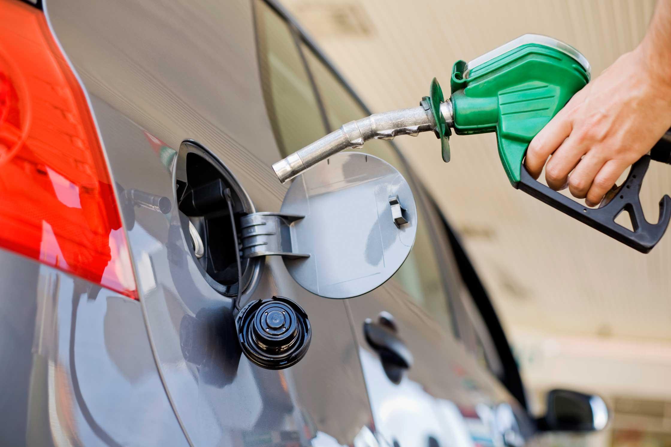 Demanda Senado a Economía y Profeco vigilar venta confiable de combustibles en gasolineras