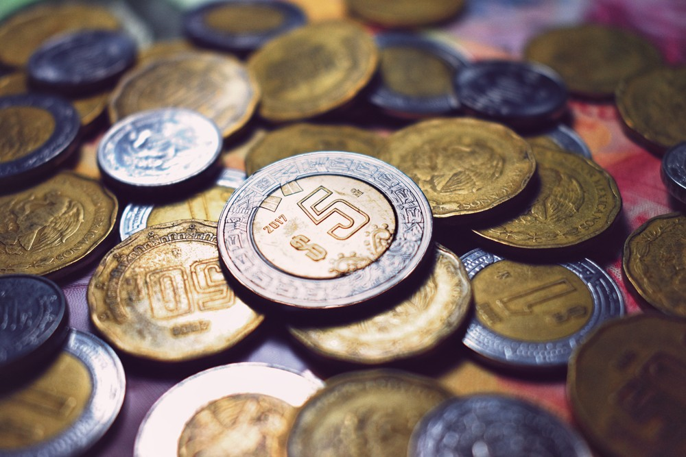 Banxico debe hacer compatible estabilidad de la moneda con el crecimiento económico y la generación de empleos