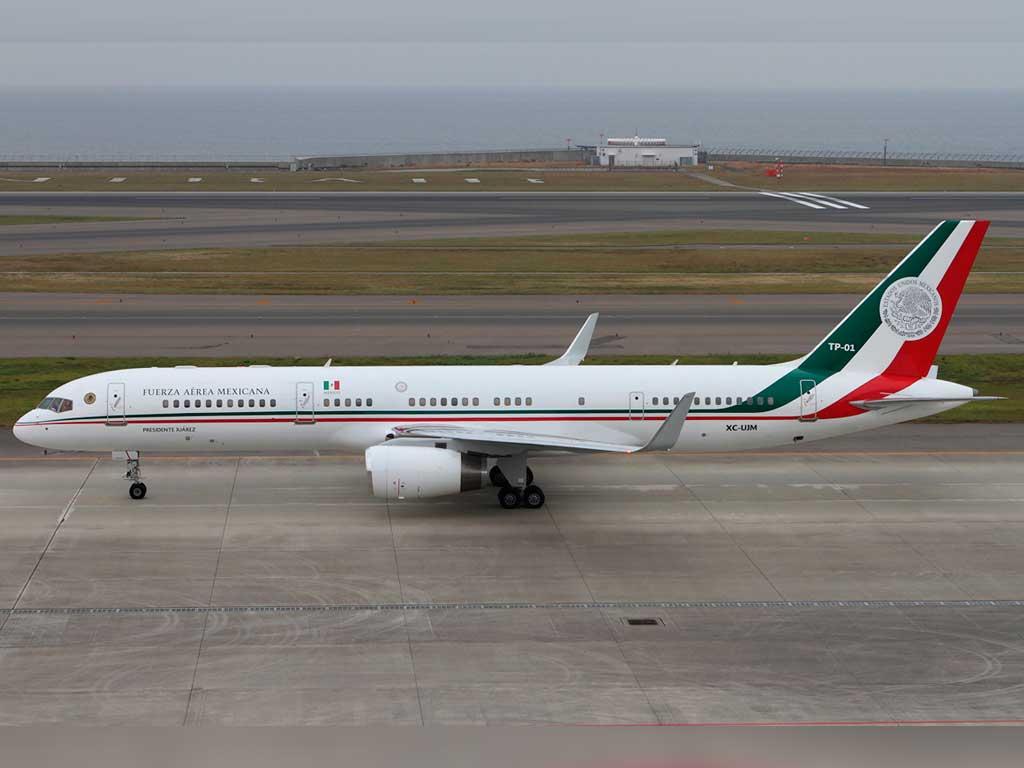 Desperfecto en avión presidencial; Peña aterriza en la CDMX