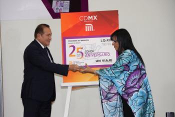 Celebran 25 aniversario de Comisión de Derechos Humanos CDMX con boleto del Metro
