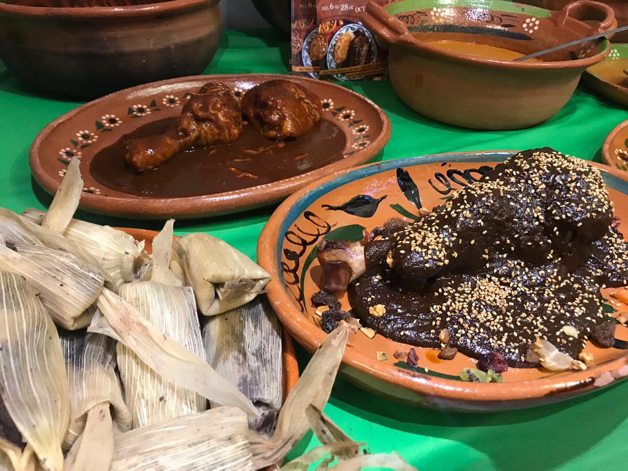Promueve Martí Batres Feria Nacional del Mole 2018