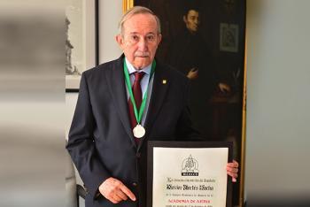 Ingresa Xavier Cortés Rocha a la Academia de Artes