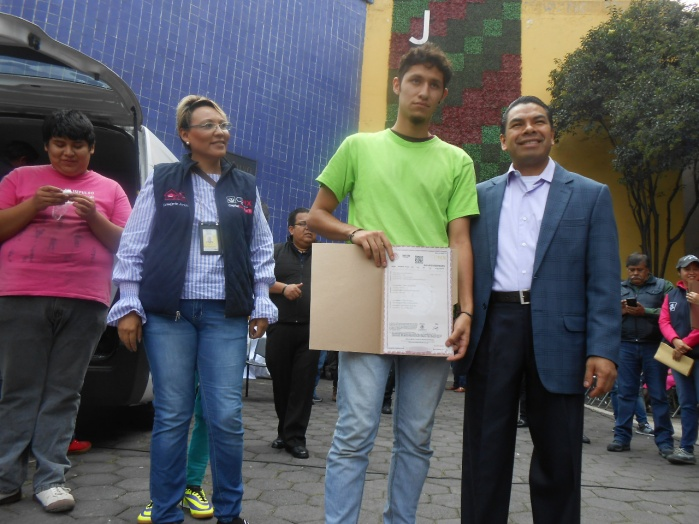 Reconoce Consejería Jurídica a INJUVE por rehabilitación en Archivo General de Notarías