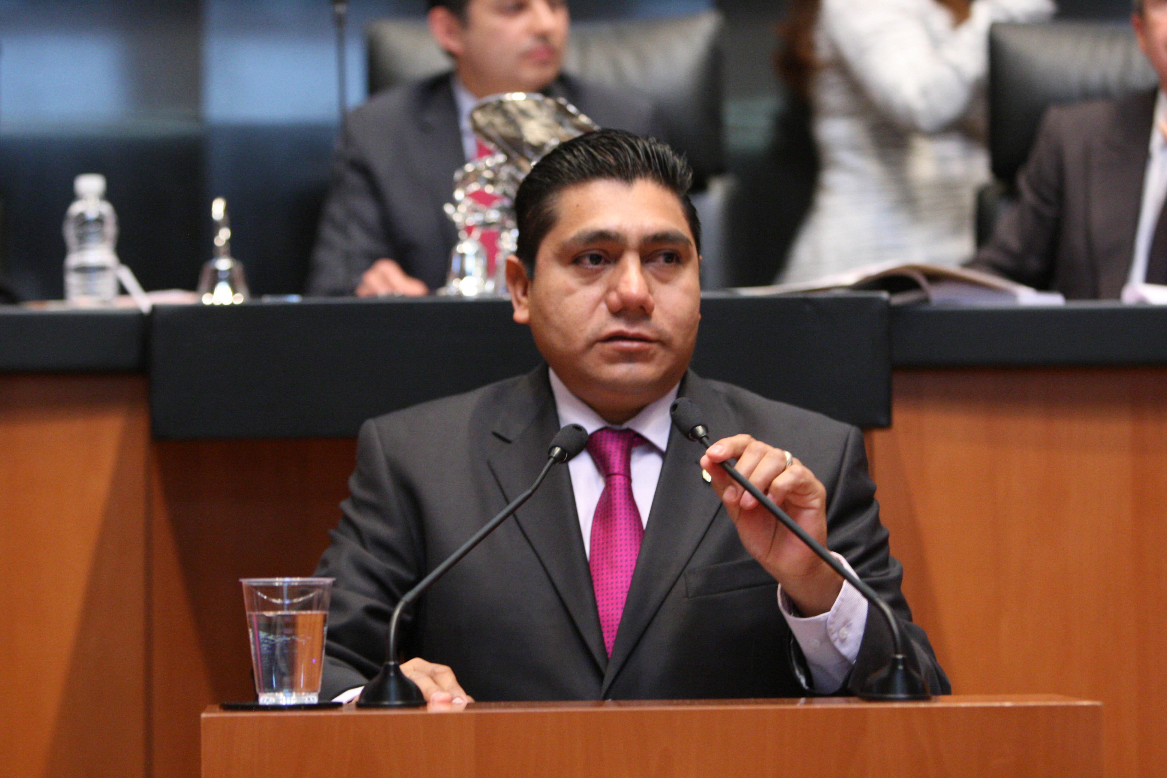 PIDE DIPUTADO JORGE LUIS PRECIADO RODRIGUEZ PROTEGER A LOS MIGRANTES MEXICANOS EN ESTADOS UNIDOS