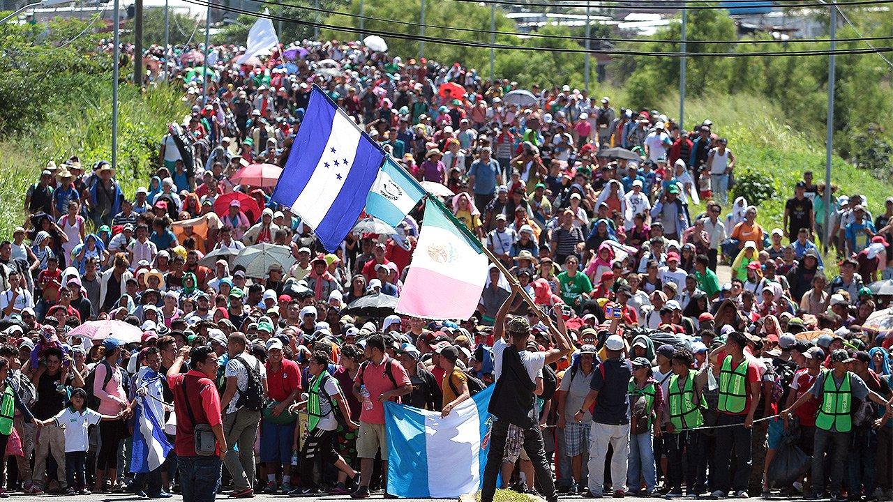 Despliega gobierno de EU a 5 mil militares a la frontera con México por caravana migrante