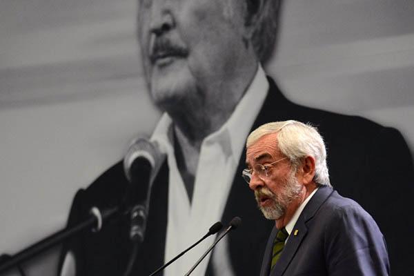 Premio Internacional Carlos Fuentes a Luis Goytisolo