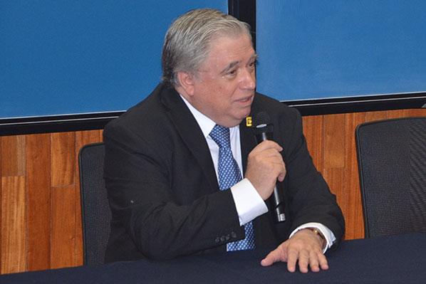 Jaime de Urquijo Carmona, director del Instituto de Ciencias Físicas de la UNAM