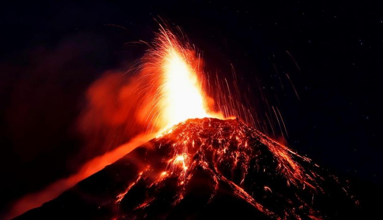 Reportan otra erupción del Volcán de Fuego en Guatemala