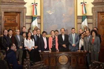 CLAUDIA SHEINBAUM INSTALA MESA DE CABILDO CON LOS ALCALDES