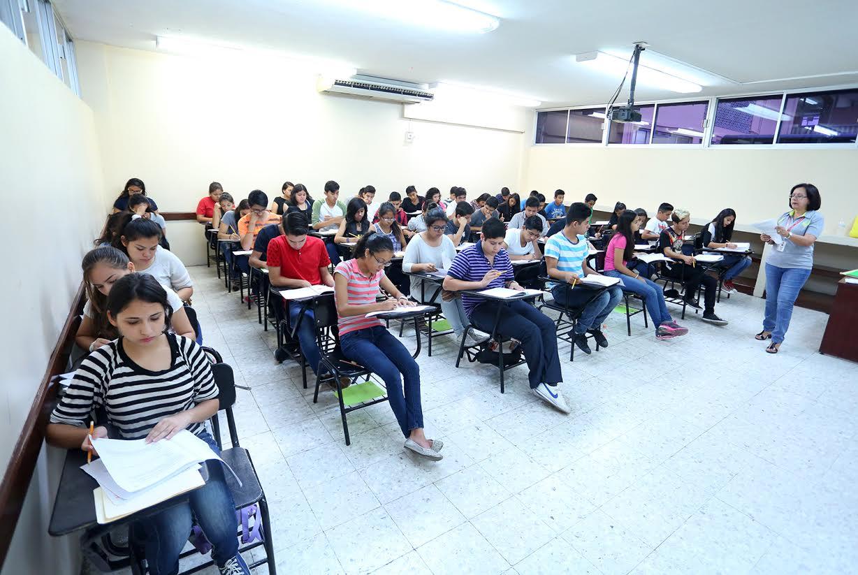 Buscan establecer en la Constitución equidad e inclusión en acceso a educación superior