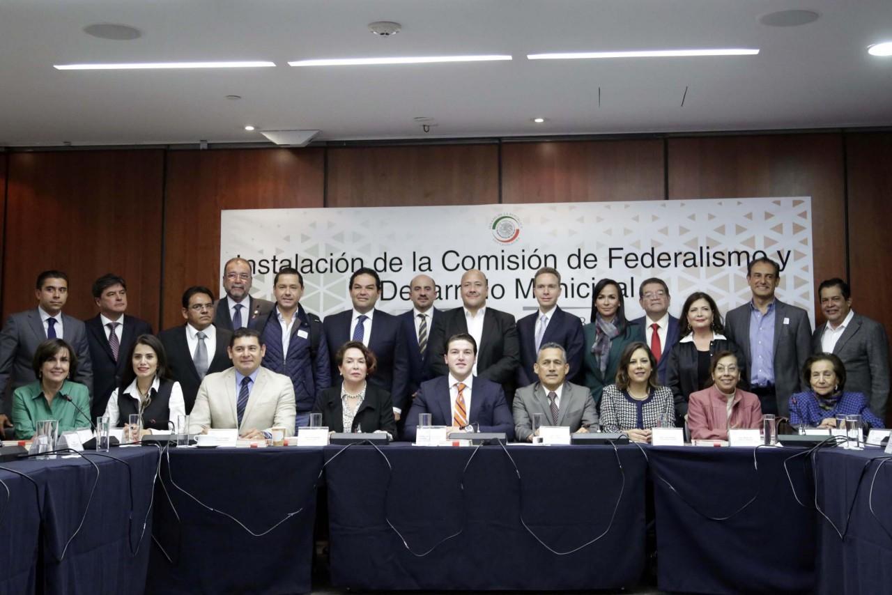 ATRIBUYEN AL 115 CONSTITUCIONAL SER CAMISA DE FUERZA PARA MUNICIPIOS