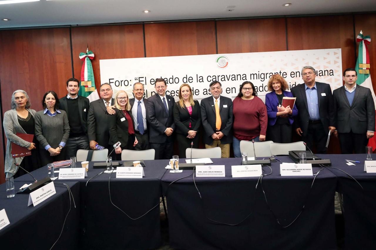 SENADORAS Y ESPECIALISTAS ANALIZAN POLÍTICA MIGRATORIA