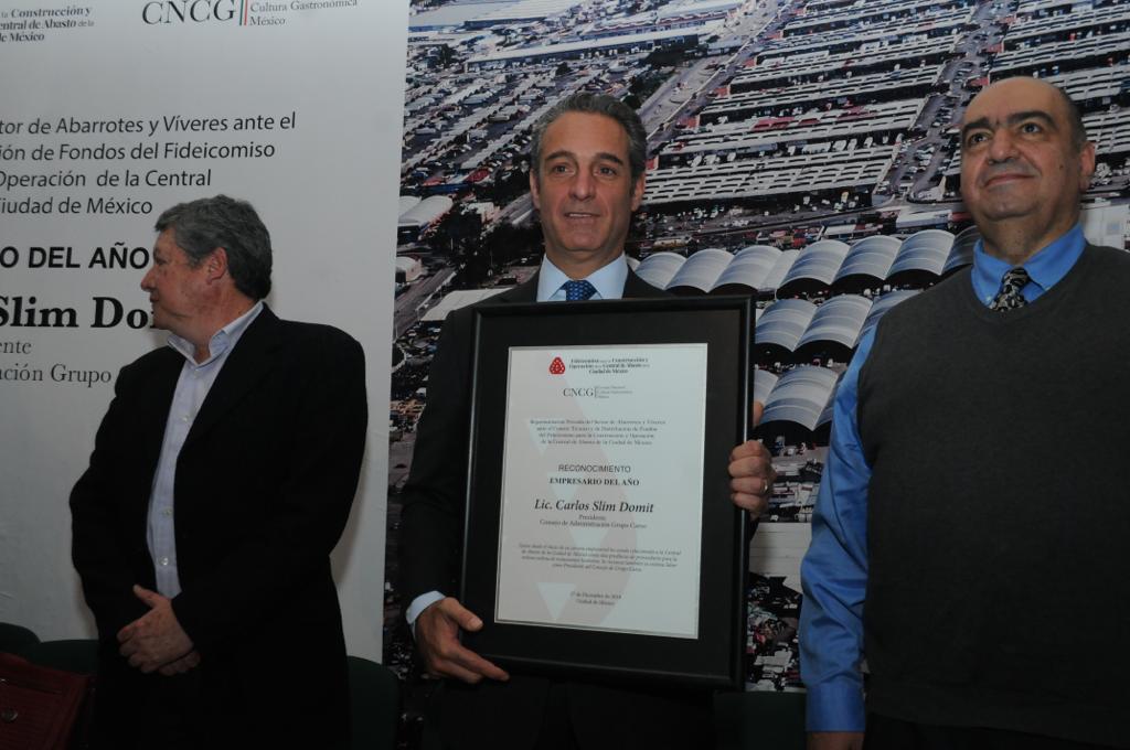 Carlos Slim es reconocido Empresario del año por parte de Central de Abasto