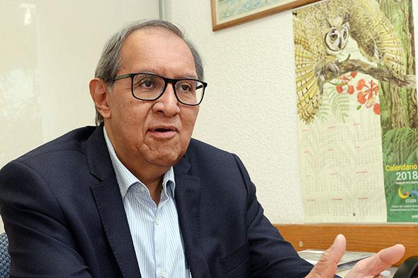 Un retroceso, agrupar a los medios públicos en una sola entidad de información: Raúl Trejo Delarbre