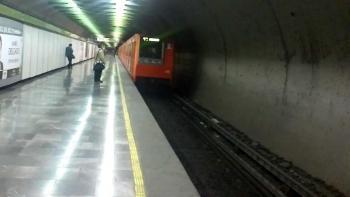 Muere hombre en la estación del Metro Viveros