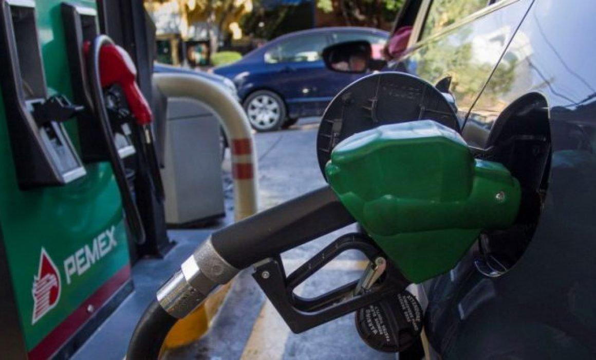 Se reúnen 11 gobernadores afectados por desabasto de gasolina