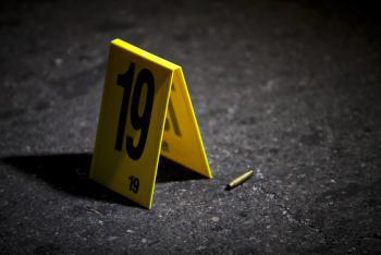 Policía CDMX se dispara sin querer
