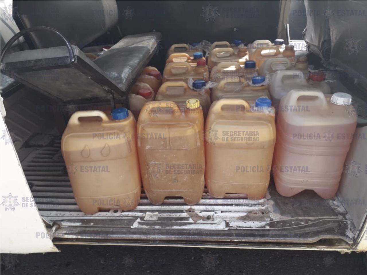 Detienen a hombre con 400 litros de gasolina en EdoMex