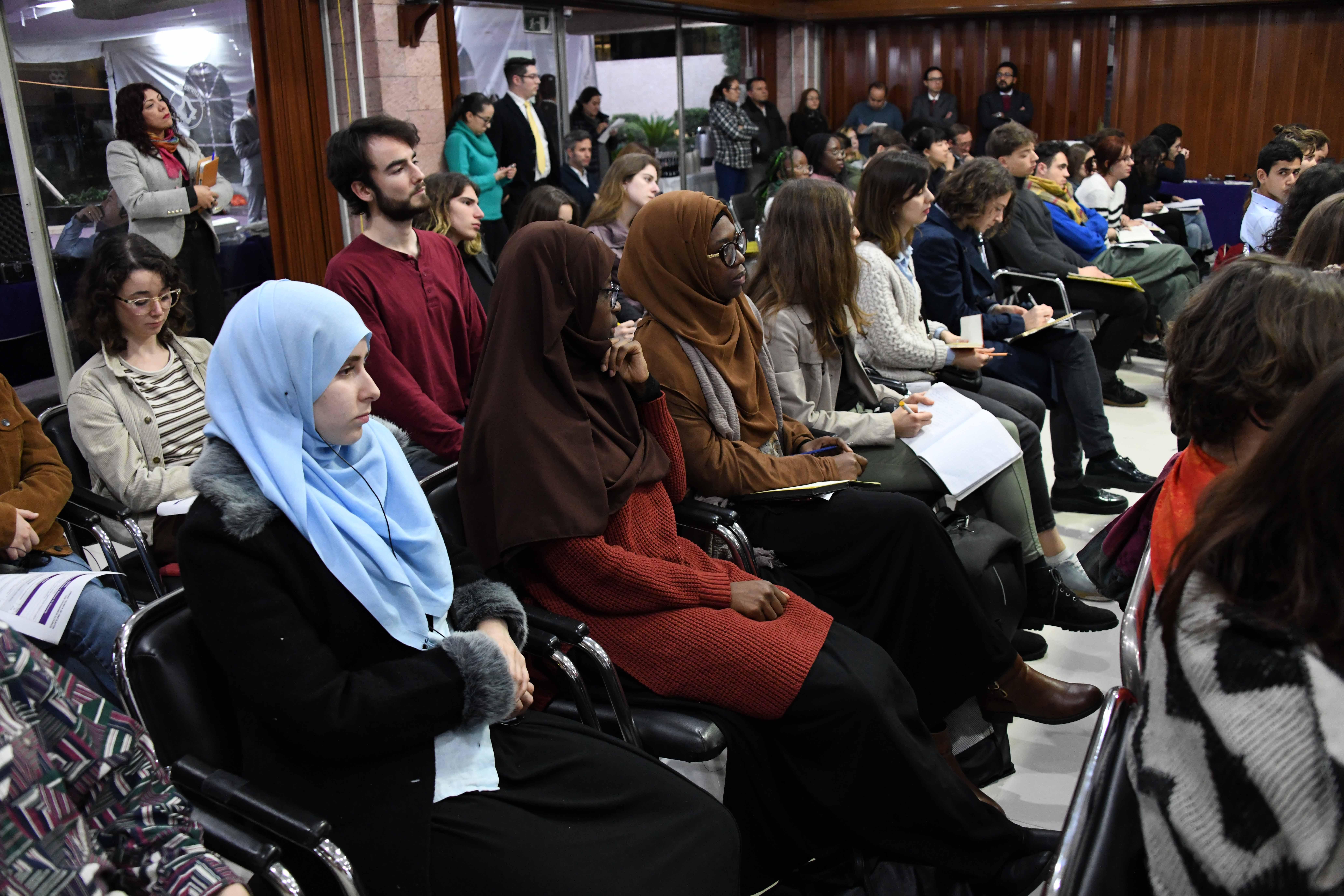 Dialoga IECM con estudiantes de diversas naciones sobre su incidencia en materia electoral y de participación ciudadana