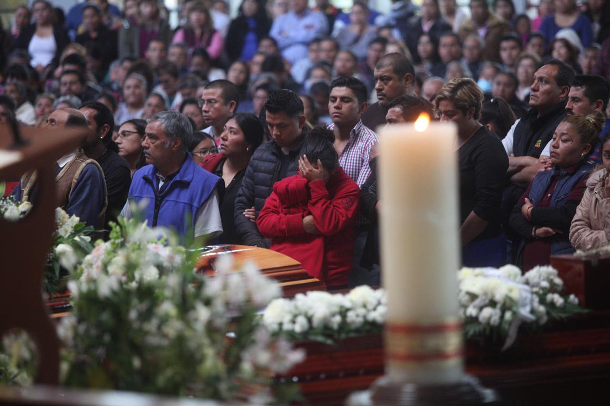 Insuficiente panteón de Tlahuelilpan para enterrar a los muertos por explosión