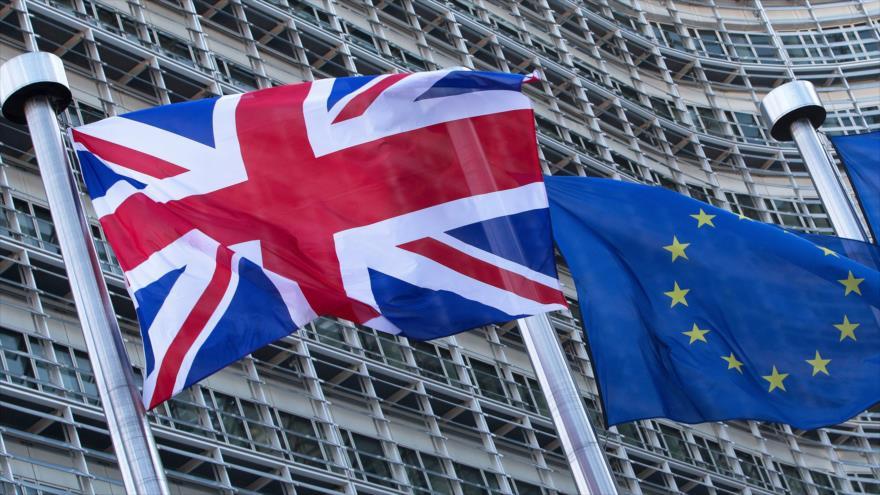 Parlamento británico inicia negociaciones para salir de Unión Europea
