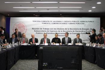 Comparece Energía y Pemex ante Comisión Permanente