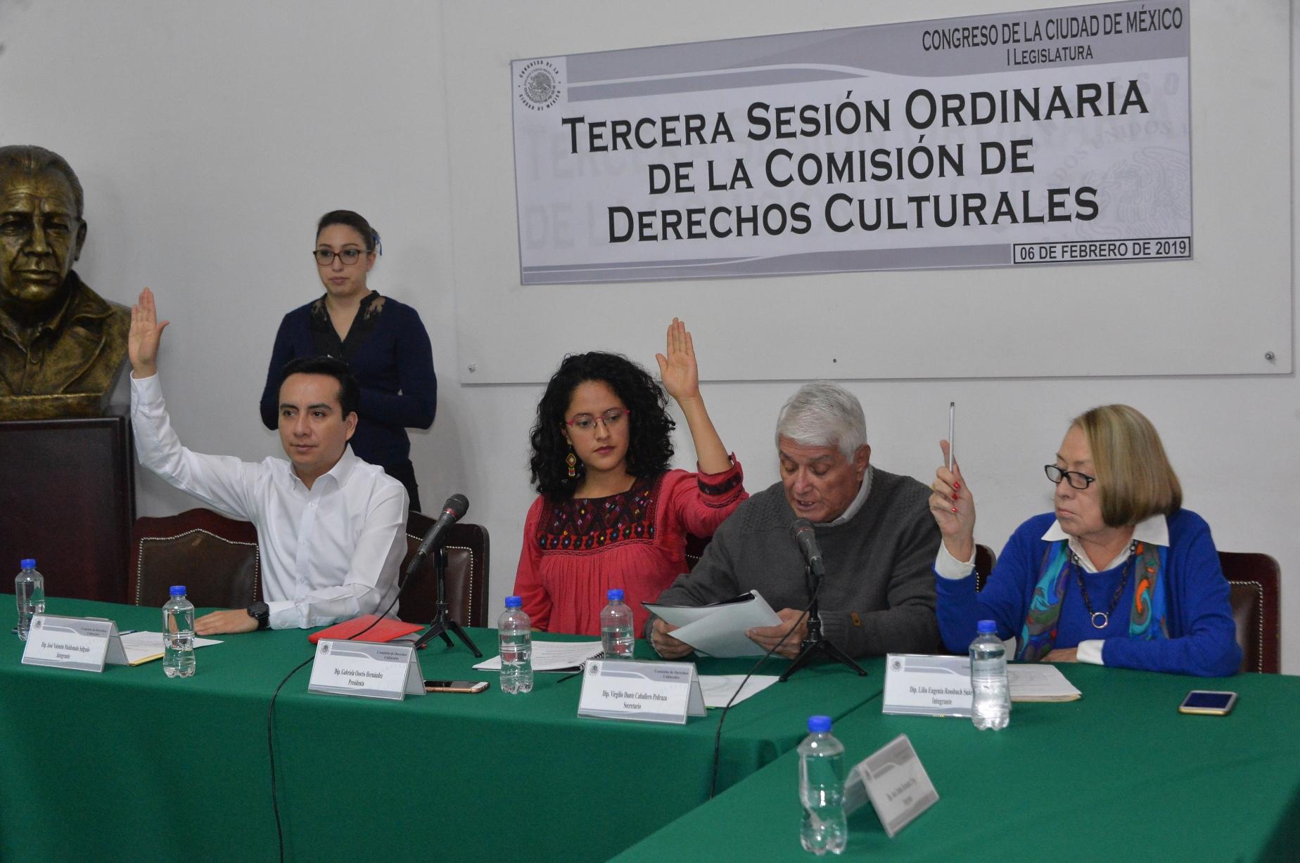 Convocatoria a Medalla al Mérito en Artes 2018 que otorga Congreso CDMX