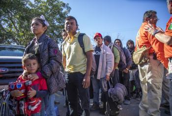 Piden migrantes regresar a su país
