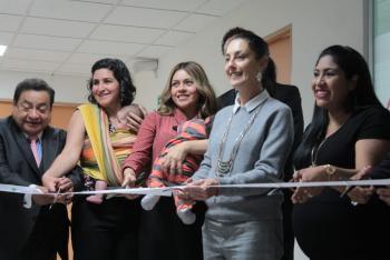 Inaugura Sheinbaum lactario en la Secretaría del Trabajo