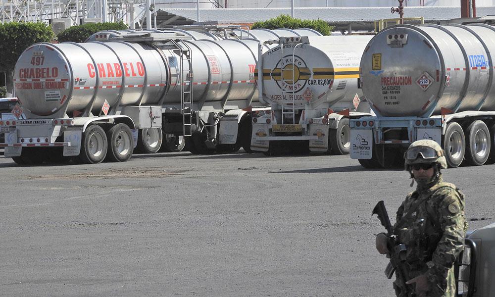 Detienen a 22 personas por robo de combustible en Puebla