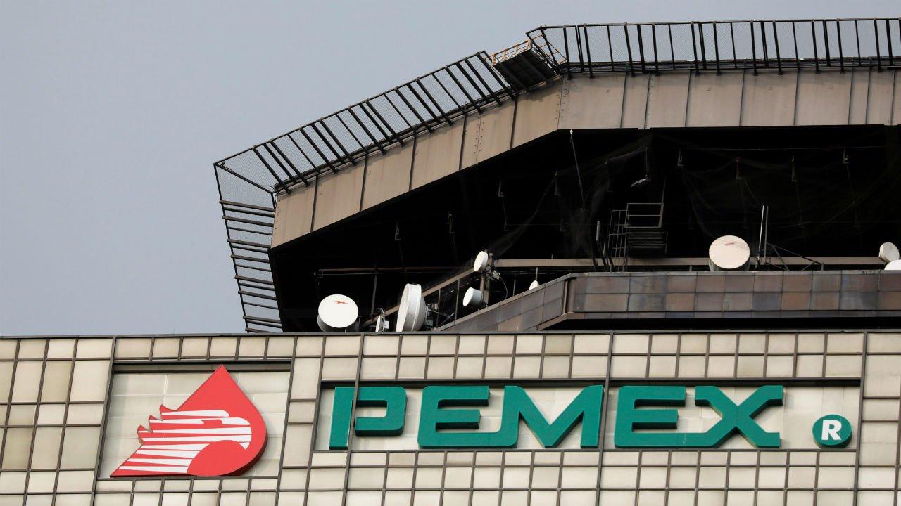 Pemex no cumple transparencia, acusan organizaciones