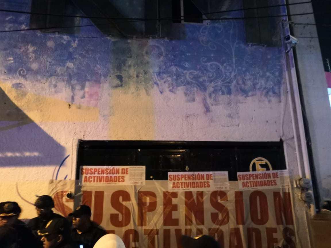 Suspenden negocio por irregularidades en Tláhuac