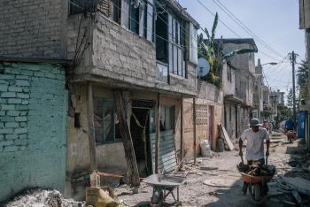 Damnificados de Iztapalapa continúan en lucha