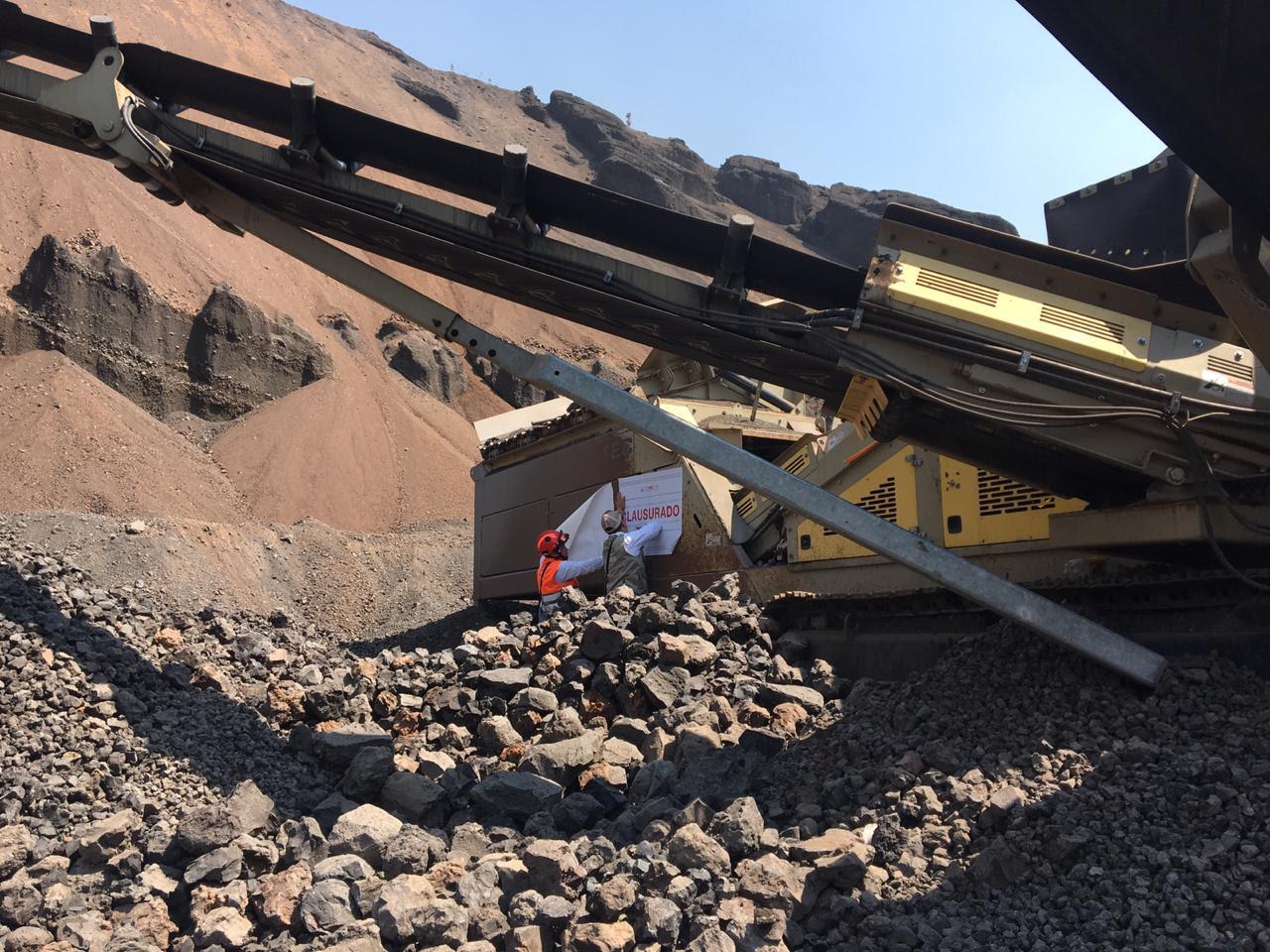 Clausura SEDEMA tres minas en Tláhuac e Iztapalapa