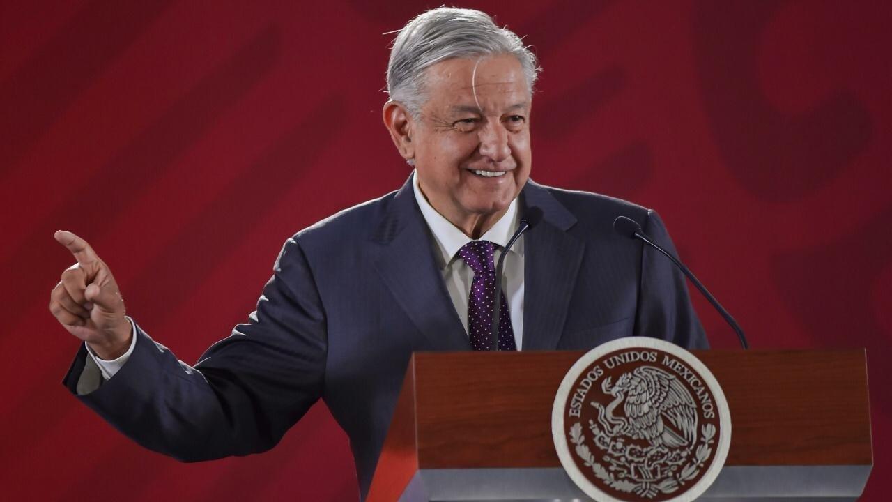 Respetarán contratos en Pemex: AMLO