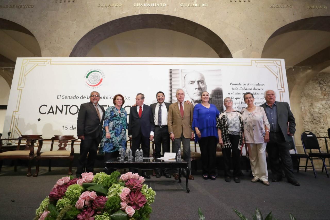 Rinden homenaje al poeta y político Carlos Pellicer