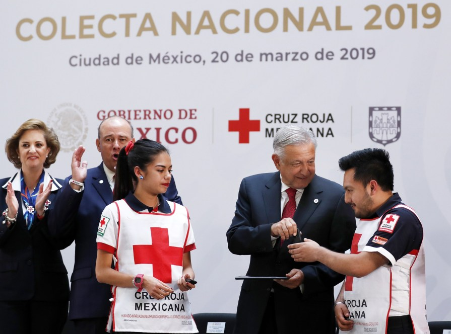 109 años de la Cruz Roja, celebra AMLO