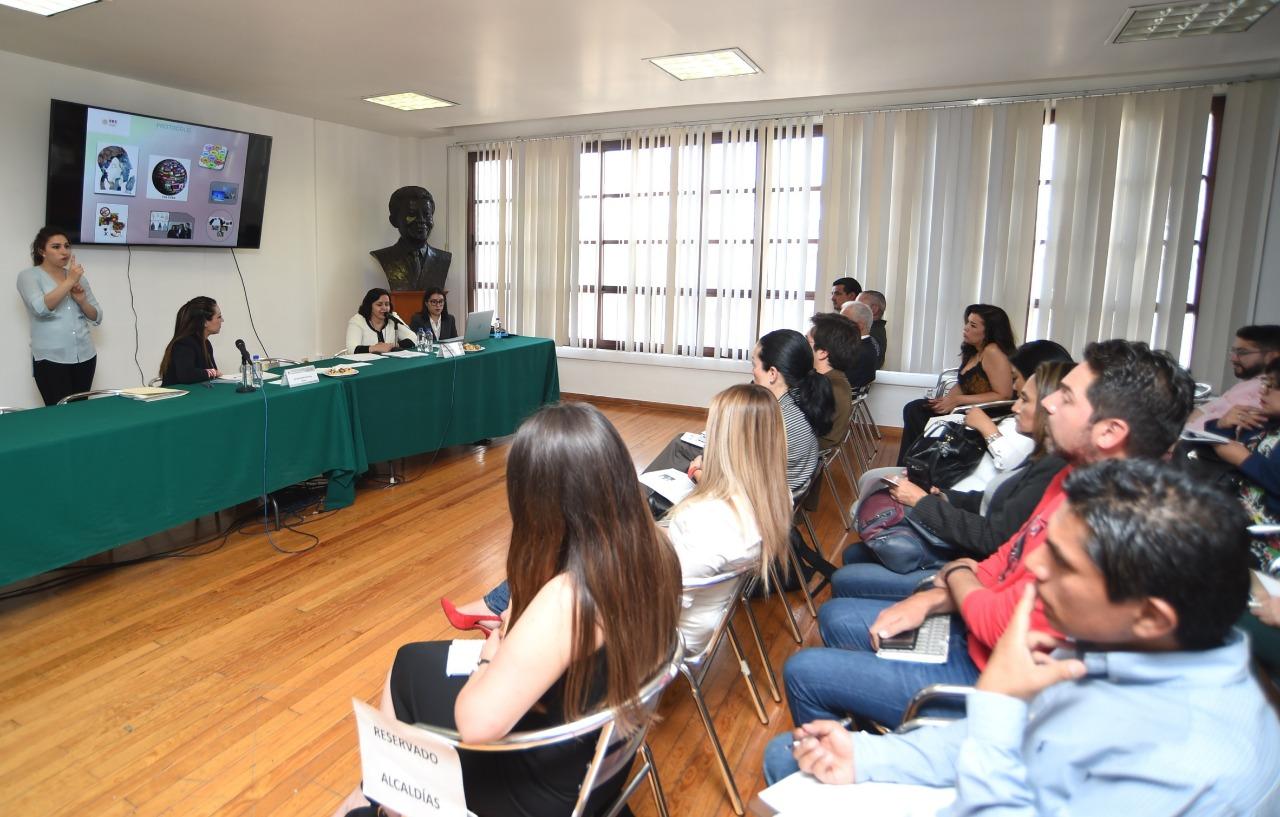 La SRE impartió charla a personal del Congreso CDMX y de alcaldías sobre protocolos en política exterior