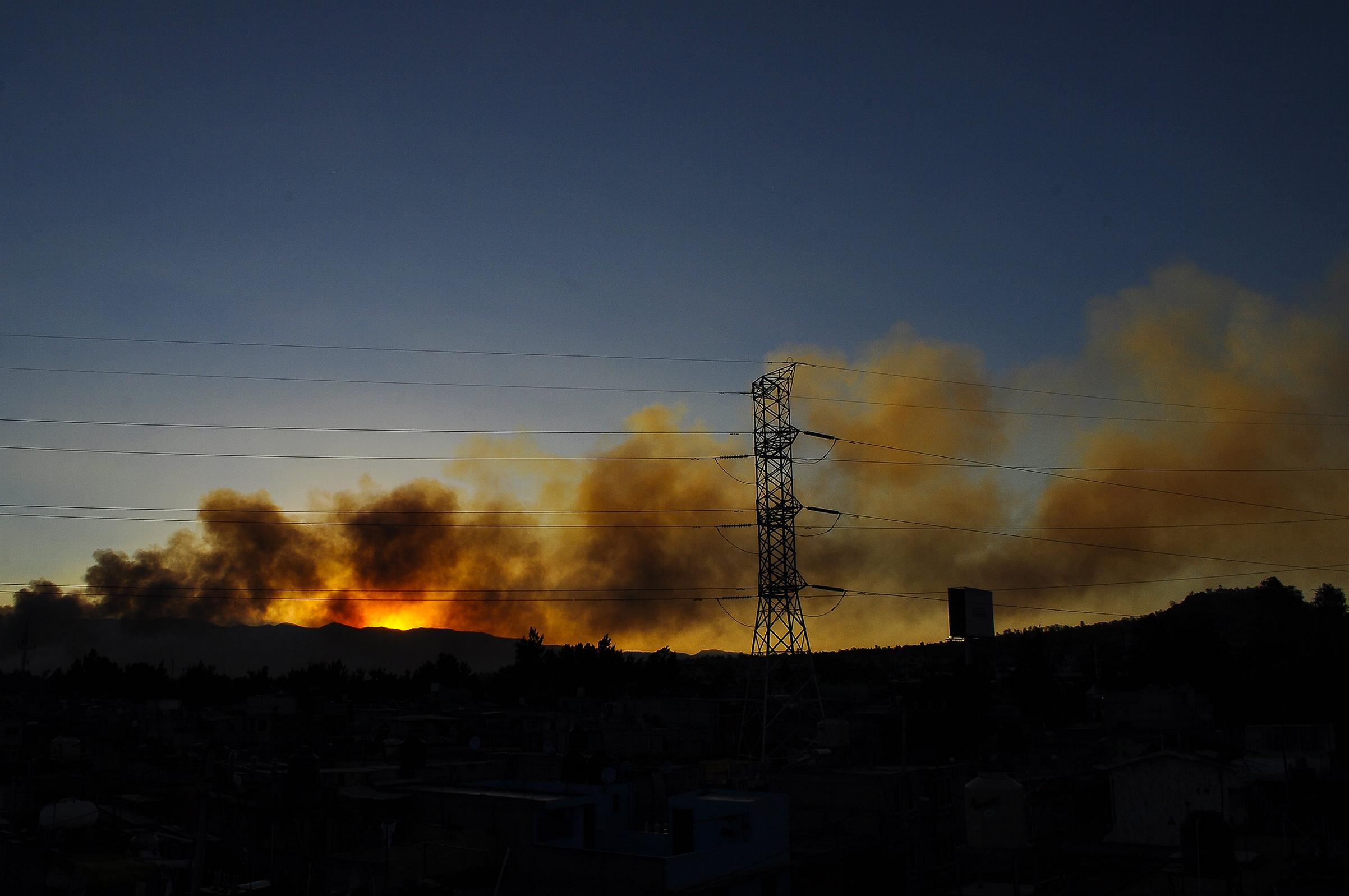 Sofocan incendio en Parque Ecológico de Cuemanco