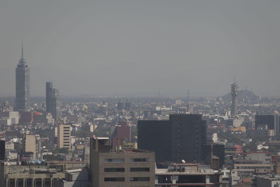 Declaran contingencia ambiental en la capital del país