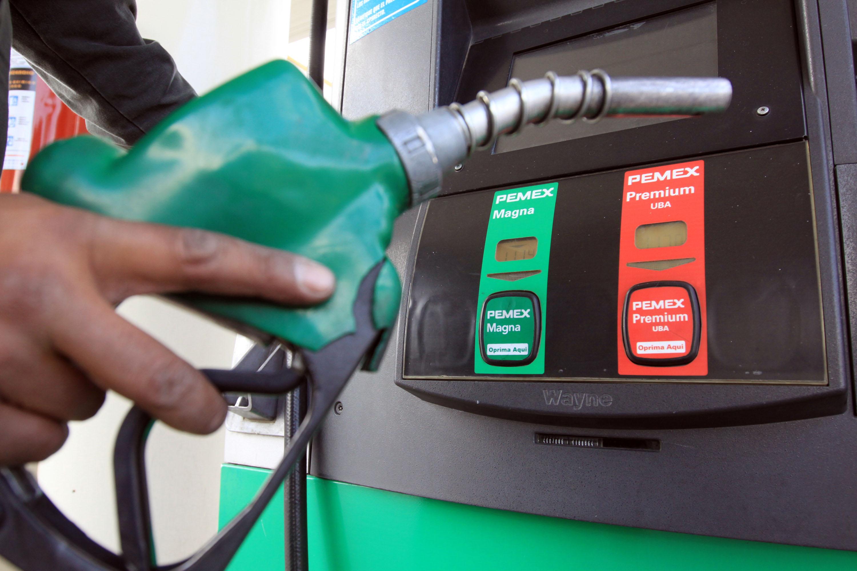 Bajará la gasolina durante vacaciones