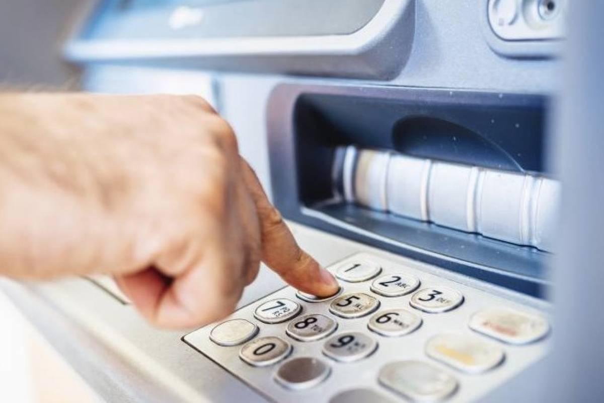 Toma precauciones, los bancos no abrirán este jueves y viernes