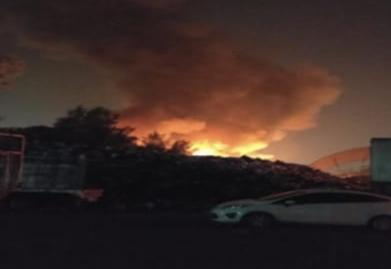 Apoya SSC a cuerpos de emergencia para sofocar incendio de una planta recicladora de basura en GAM